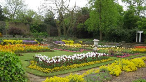 Sunken Garden in Late Spring - from the Weatherstaff PlantingPlanner
