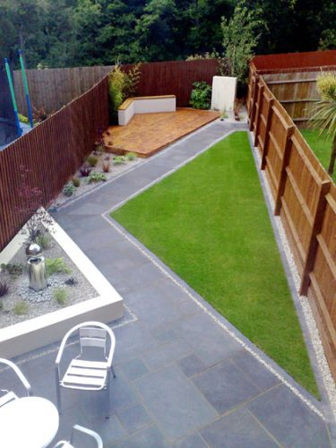Diagonal lines - garden border ideas from Weatherstaff garden design software